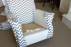 Easy no-sew wingback chair upholstery tutorial Chair makeover makeover upholstery Reupholster Furniture, Furniture Upholstery, Chair Makeover, Furniture Makeover, Furniture Projects, Diy Furniture, Furniture Chairs, Furniture Outlet, Room Chairs