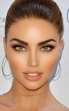 Most Beautiful Eyes, Stunning Eyes, Beautiful Girl Image, Gorgeous Women, Natural Prom Makeup, Beauty Makeup, Hair Beauty, Bold Makeup Looks, Rave Makeup
