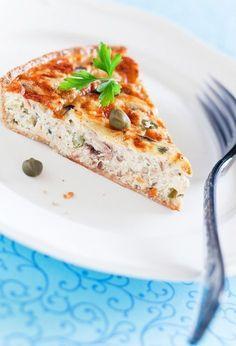 750 grammes vous propose cette recette de cuisine : Tarte au thon au fromage fais de St Môret. Recette notée 3.9/5 par 149 votants