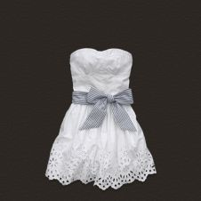I can't believe how cute these dresses are! Never would have thought I'd want something from Hollister. Maybe this summer?