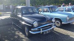 Życie po Dusikowemu: Odkrywania ciąg dalszy i wystawa starych samochodów