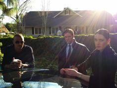 Behind the scenes of S7E17, I Love You, Tommy Brown, with Morgan, Hotch and Prentiss (Shemar Moore, Thomas Gibson and Paget Brewster).