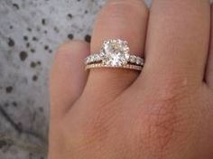 perfection, solitare with rose gold band