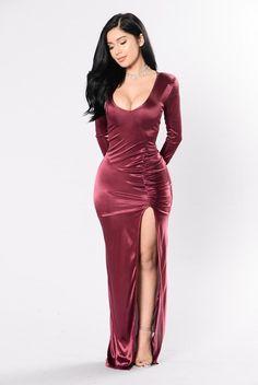 Favorite Trick Dress - Burgundy