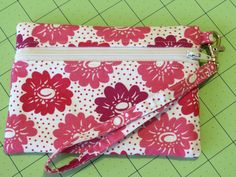 Are we having fun with zippers yet, or are you all still terrified nervous? This week's tutorial is for a front-zip pouch (kind of like las...