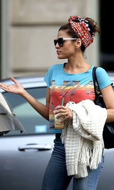 Eva Mendes Is Really Committed … to This Outfit