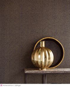 Get wall covering that adds charisma, style & playfulness to a space. Explore a range of beautiful wallpapers & wall art only at Asian Paints. Painting Wallpaper, Vinyl Wallpaper, Elegant Home Decor, Elegant Homes, Luxury Bedroom Design, Home Interior Design, Exterior Design, Grey Grasscloth Wallpaper, Wallpaper Designs For Walls