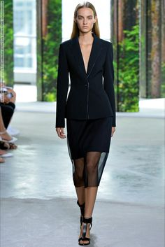 BOSS (Spring-Summer 2015) R-T-W collection at New York Fashion Week  #Boss #NewYork See full set - http://celebsvenue.com/boss-spring-summer-2015-r-t-w-collection-at-new-york-fashion-week/