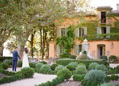 Iconic wedding at Domaine de la Baume - Provence Wedding Venue