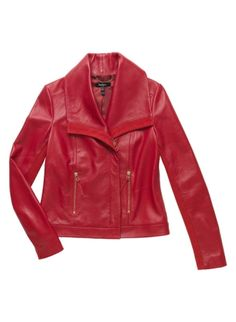Shop the women's coats & jackets at Baukjen and choose classic leather biker jackets, chic everyday blazers for work and our new classic trench coat. Classic Trench Coat, Modern Wardrobe, Classic Leather, Everyday Look, Autumn Essentials, Leather Jacket, Blazer, Clothes For Women, Jackets