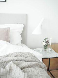 Syksyinen ihastus (Inspired By Love) Bedroom With Bath, Cozy Bedroom, Modern Bedroom, Mid-century Modern, Kitchen Decor, Sweet Home, Interior Design, Furniture, Bedroom Inspiration
