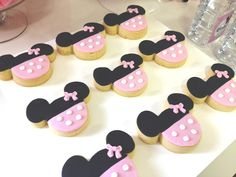 Minnie Mouse Birthday Party Ideas | Photo 7 of 13