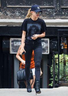 Hailey Baldwin T-Shirt - Hailey Baldwin Looks - StyleBistro