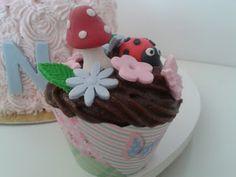 DOCIN Confeitaria Artesanal: Cupcake Jardim Mágico 2