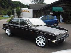 Classic Car News Pics And Videos From Around The World Jaguar Xj40, Jaguar E Type, Jaguar Daimler, Vintage Cars, Transportation, Classic Cars, Around The Worlds, Aircraft, British