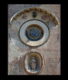 Reloj de Mantua (Italia)