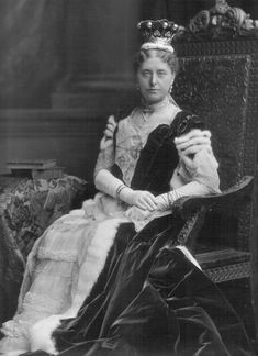 countess+coronation+robe | Biog : Daughter of 6th Viscount Barrington; m. (1856) 3rd Earl of ...