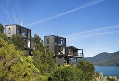 Modern house in the trees, New Zealand.  Tennet + Brown Architects
