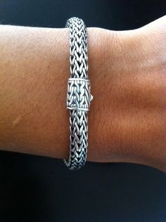 JOHN HARDY BRACELET I have this and it's gorgeous in person