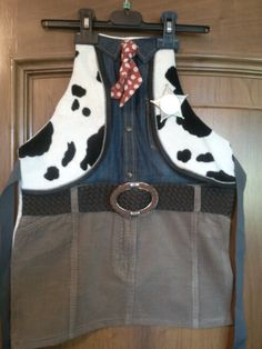 Cowboy dressing up apron