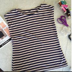 Knit top in under an hour! Same style as the DownEast ones.