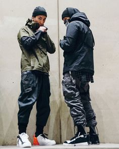 24.FPS X EDGE Monochrome Fashion, Minimal Fashion, Dark Fashion, Urban Fashion, Mens Fashion, Fashion Outfits, Joggers Outfit, Cyberpunk Fashion, Ninja