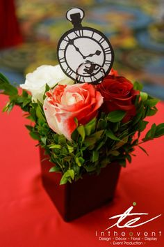 Prom-spiration: Ideas for Alice in Wonderland Theme   ~ we ❤ this! moncheriprom.com #promthemeideas