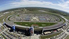 Another one of my Favorite NASCAR tracks....Kansas Speedway.