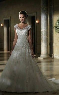 Satin V-Ausschnitt Tüll gekappte Ärmel A Linie bodenlanges aufgeblähtes Brautkleider - Vorderseite