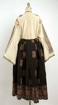 Popular Folk Embroidery Ensemble Date: century Culture: Romanian - 1940s, Folk Embroidery, Embroidery Patterns, 1800s Fashion, Folk Costume, Historical Costume, Couture, Traditional Outfits, Kimono Top