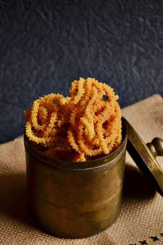 Potato murukku recipe is an easy to make Indian snack with rice flour and mashed potatoes. easy vegan recipe for festivals!