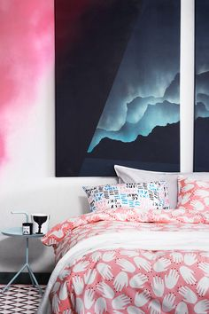 Build your space to dream with different takes on this autumn's bedrooms. | H&M Home