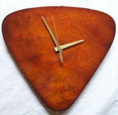 guitar pick clock