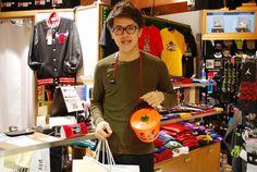 【大阪店】2014.11.02 ハロウィン最終日にスナップ協力をしていただきました!!ジョーダンをお買い上げいただきました^^この日は色々とお買い物された後でしたね!また色々と新入荷してきますのでまた遊びに来てくださいね!