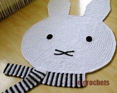 Irresistible Crochet a Doll Ideas. Radiant Crochet a Doll Ideas. Crochet Bear, Crochet Home, Love Crochet, Crochet Dolls, Half Double Crochet, Single Crochet, Bernat Super Value Yarn, Crab Stitch, Bear Rug