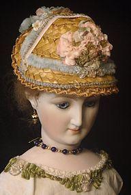 Straw Doll Hat - Finishing Touches #dollshopsunited