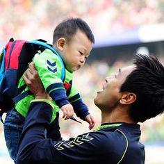 Daebakie's face.. So flat #leedonggook#dongguk#leejaesi#jaesi#leejaeah#jaeah#leeseolah#seolah#leesooah#sooah#leeseeahn#daebak#baby#returnofsuperman#thereturnofsuperman#슈퍼맨이돌아왔다#supermanisback#korea#kbs#kbsworld#5siblings#quintets#twins#leequintets#leefamily