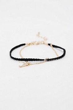 Goldenes Armband mit Wünschelrute