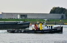KOOPVAARDIJ sleepboot CATHARINA 7  Gegevens en foto, klik ▼ op link  http://koopvaardij.blogspot.nl/p/sleepboot.html