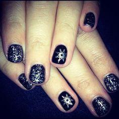 Black glitter Christmas nails!!
