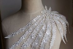 Ivory Venice Lace Appliques Peacock Tail Embroidered Collar For Wedding Supplies Bridal Veil 1 Pcs on Etsy, $3.99