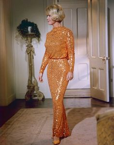 "can't find a picture of this dress with the matching liner in the raincoat, but wow...what a fashion moment (Doris Day, ""Do Not Disturb"")"