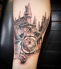 76 Magical Harry Potter Tattoos - Today I wanted to share with you all some more Harry Potter Tattoo inspiration. These tattoos range - Snitch Tattoo, Hp Tattoo, Tattoo Quotes, Tattoo Flash, Harry Potter Tattoo Sleeve, Tatto Harry Potter, Hogwarts Tattoo, Leg Tattoos, Tattoos For Guys