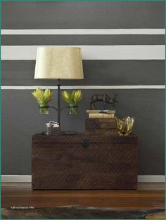 paint lines on wall horizontal stripes on walls modern interior decorating and painting ideas decorating ideas striped walls room paint room decor best way to paint straight line between wall and ceil Striped Accent Walls, Room Wall Painting, House Painting, Diy Painting, Painted Bedroom Furniture, Living Room Paint, Living Rooms, Living Room Modern, Cool Walls