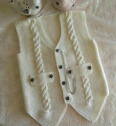 "diy_crafts- ""Knitting inspiration \""would look great crocheted\"", \""Jenny Battiss Barnard\"", \""Unique and cute! Baby Knitting Patterns, Knitting For Kids, Crochet For Kids, Knitting Stitches, Knitting Designs, Baby Patterns, Crochet Baby, Knitted Baby, Gilet Crochet"