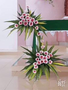 ~ Pin by Mia Yang on Church Flowers Valentine Flower Arrangements, Contemporary Flower Arrangements, Tropical Flower Arrangements, Church Flower Arrangements, Beautiful Flower Arrangements, Tropical Flowers, Spring Flowers, Beautiful Flowers, Altar Flowers