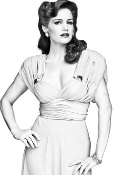Vintage glamorous 1940s hair, I want to do my hair like this for the big band night!