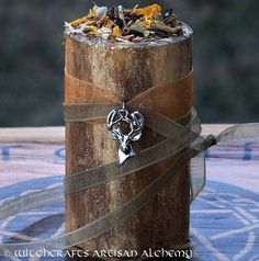CERNUNNOS Horned God Gilded Soy Candle w/ Bloodstone & 6 Grael Herbs of Spellcraft for Celtic Druid Magic, Avalonian Witchcraft, Forest Lord