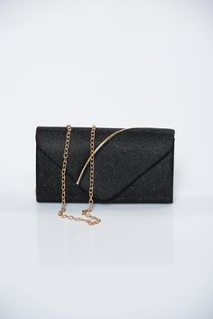 Occasional black bag with glitter details accessorized with chain Club Style, Product Label, Leather Fashion, November, Glitter, Bright, Warm, Chain, Metal