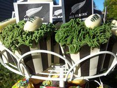 New Zealand All Blacks. All Black rugby cupcakes http://nzallblacks.net
